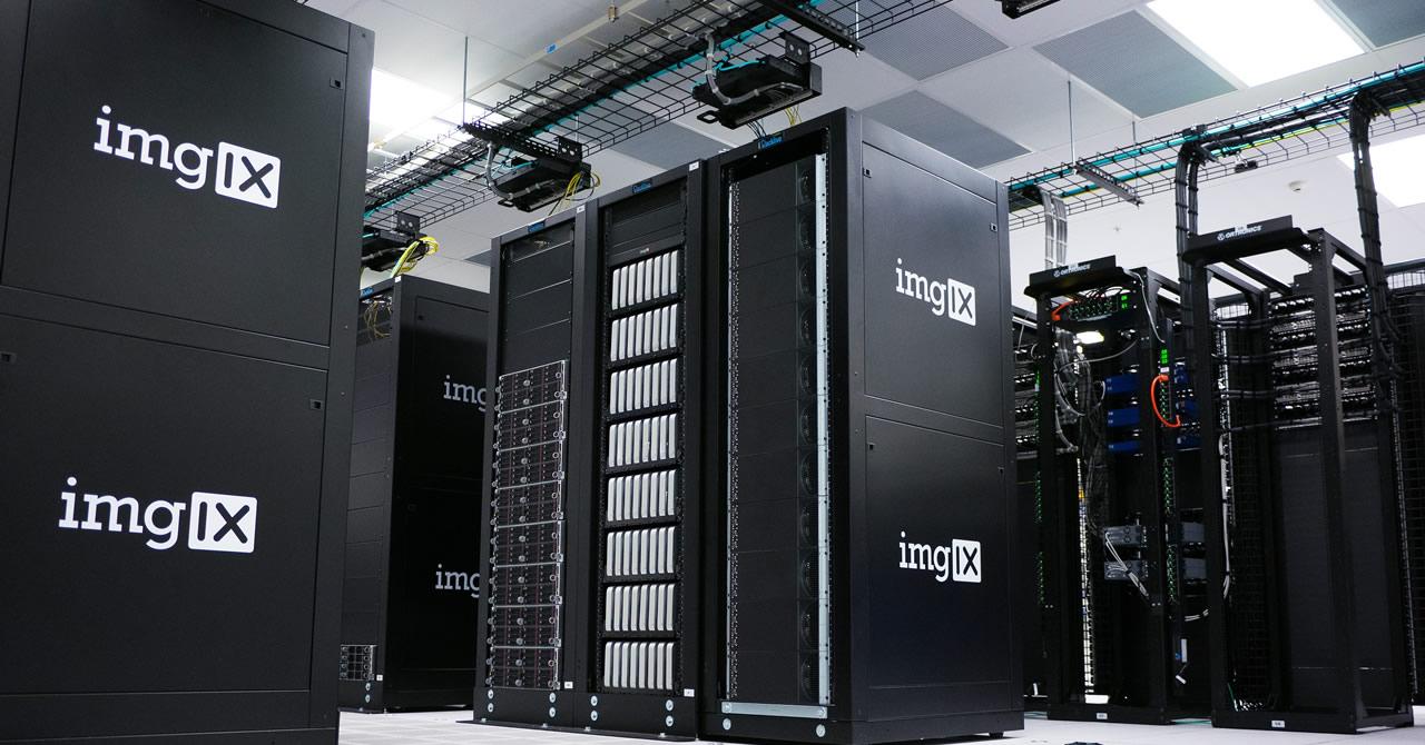 VMwareで運用費用の軽減と高い可用性を実現